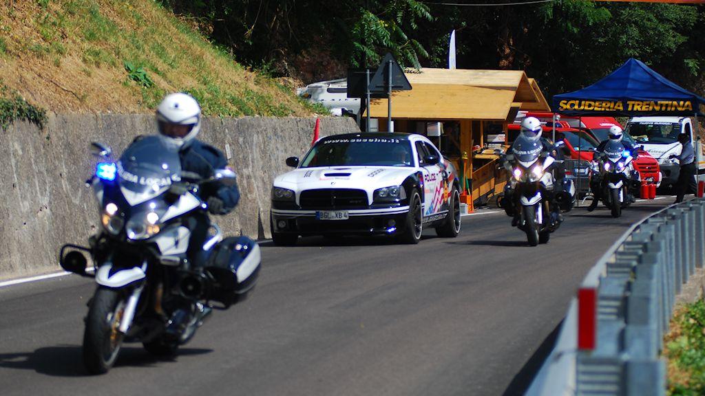 Atesina Noleggi - Dodge Charger SRT8 Police Edition